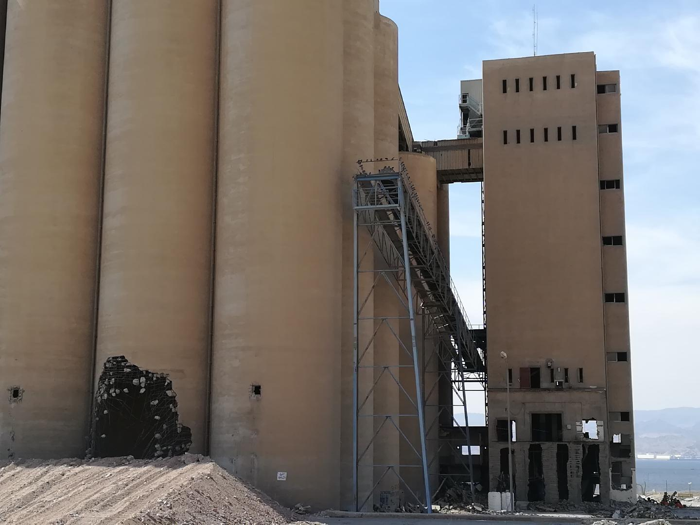 Combustible dust explosions in grain processing and handling facilities